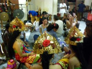 バリ舞踊1