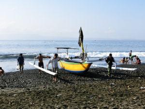 kusamba beach2