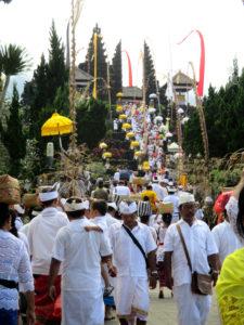 ブサキ寺院1